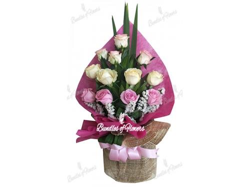12 Elegant Mixed Roses
