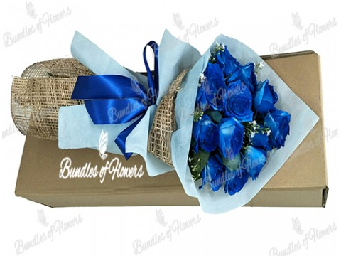12 Blue Roses in a Box