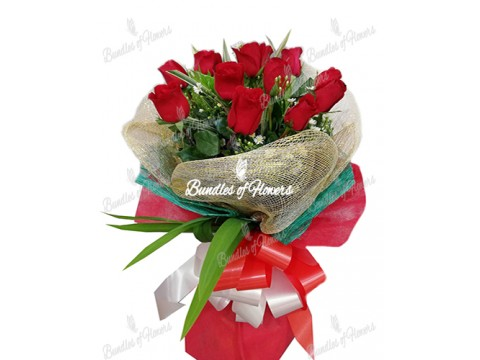 12 Imported Red Roses