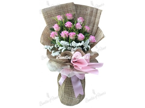 1 dozen Imported Pink Roses