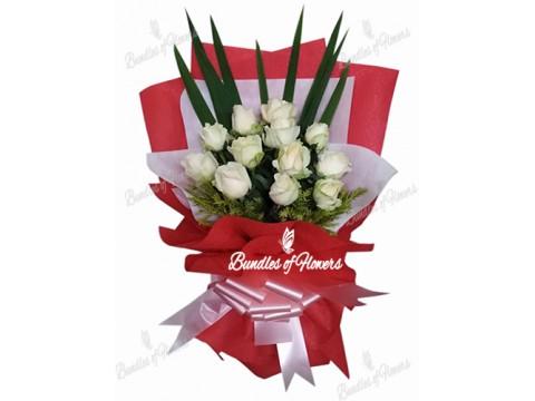 1 dozen Imported White  Roses