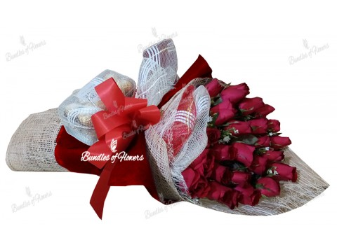 24 Red Roses in a Box with choco