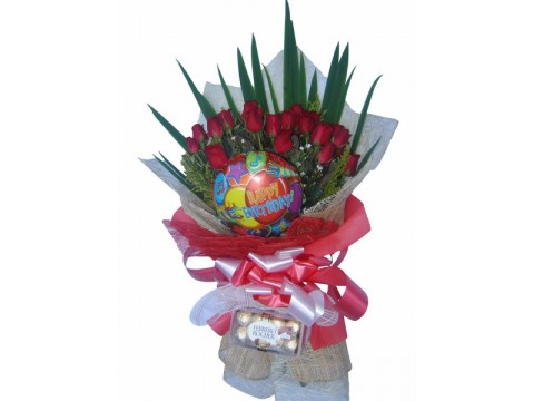 18 Red Roses with Balloon and choco