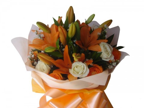 Asiatic Orange with Roses